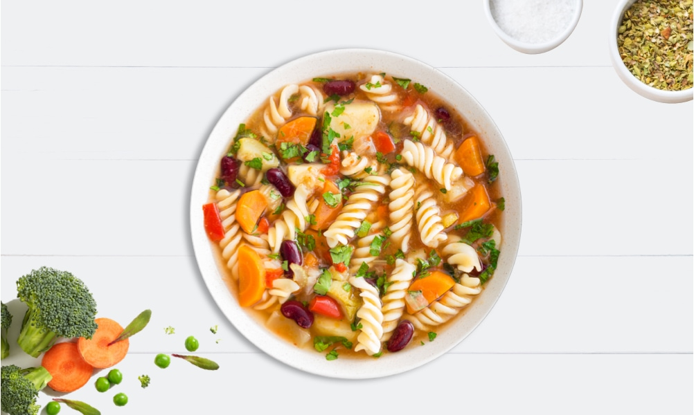 Easy veggie minestrone soup